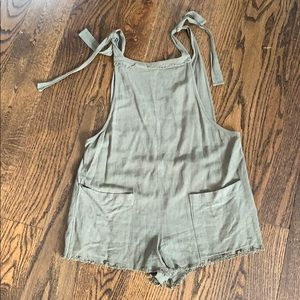 LF romper army green